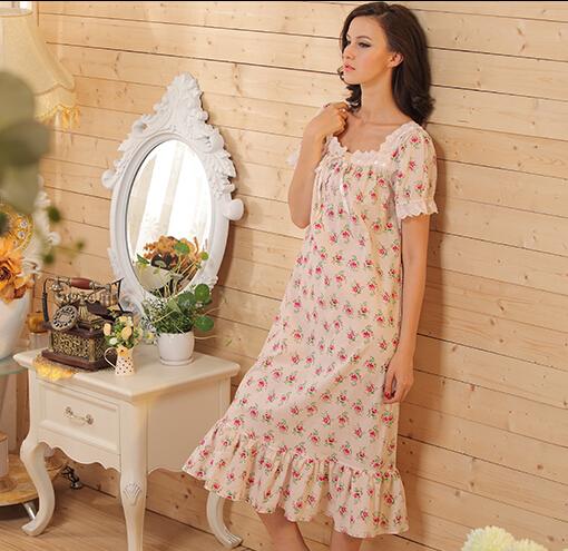 Цвет: 185 короткое платье рукав (небольшой цветочный шлифов)