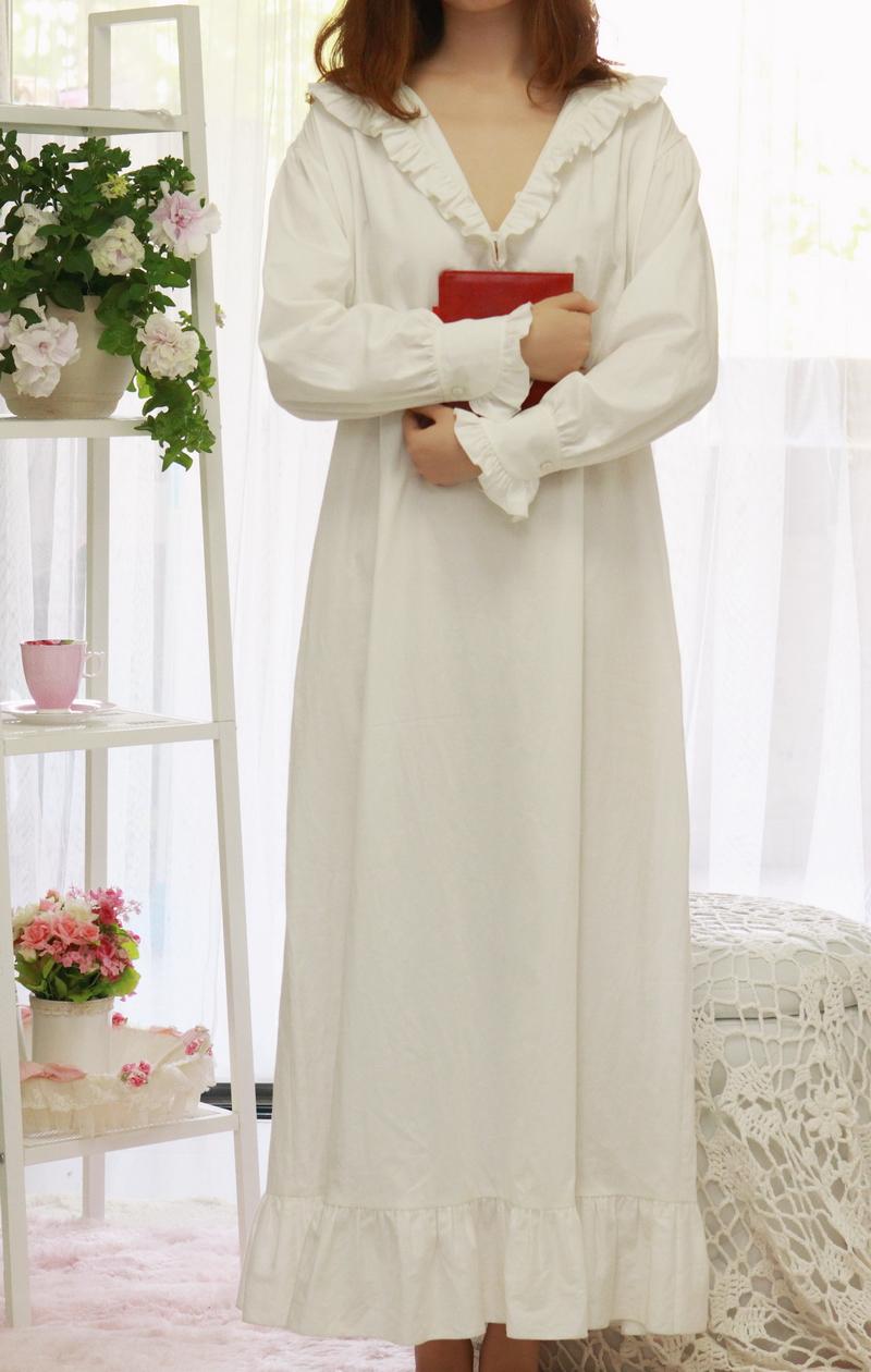 Цвет: 186 трепал воротник (длинный рукав платье белое)