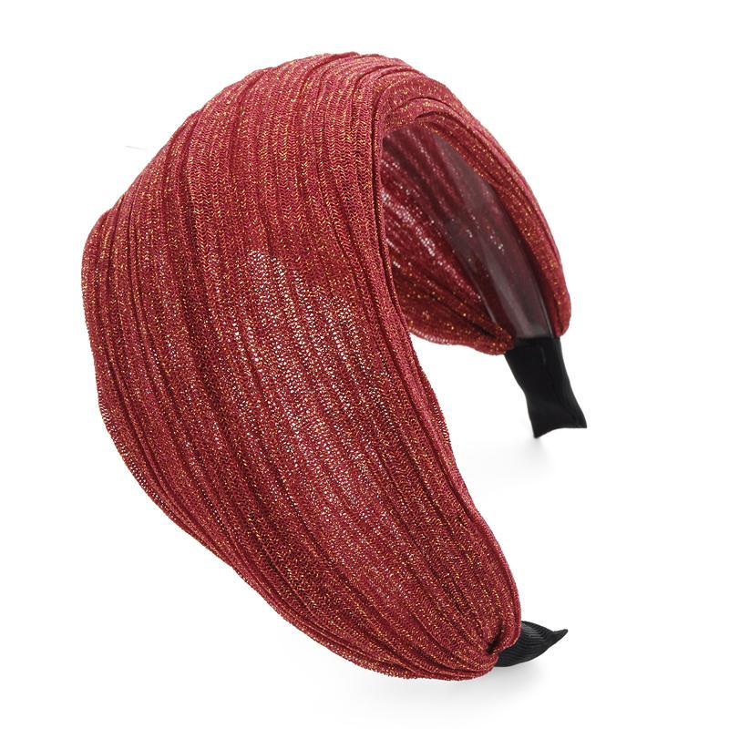 Цвет: Винно красный (задние зубы)