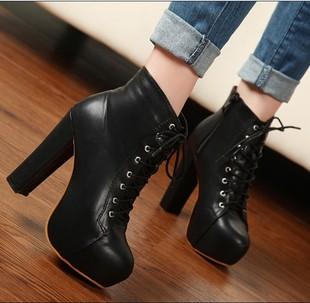 冬季马丁短靴英伦粗跟女鞋系带高跟鞋韩国公主中靴冬天鞋子女裸靴