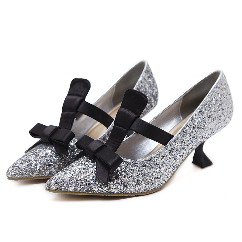 kitten heel and bowknot shoes