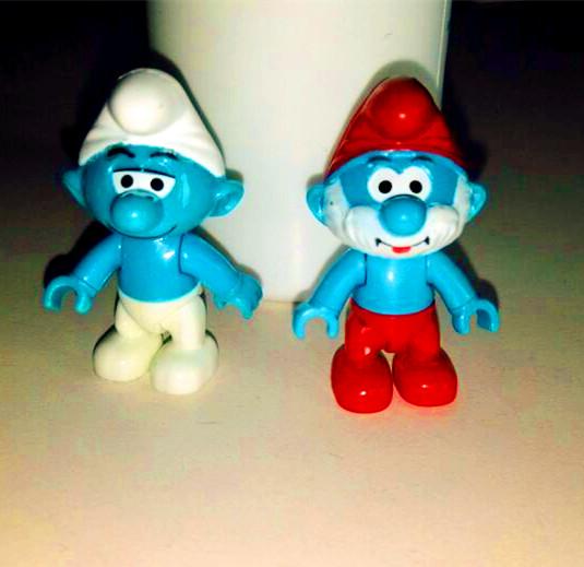 Цвет: Массовая и Папа Smurf голубой брат