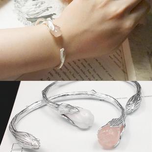 925纯银饰品纯手工女式开口天然粉晶白玉髓手镯个性栀子花手饰