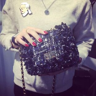 Reds with 2015 new smaller fields breathe sweet winter wool woolen cloth shoulder slung shining chain bag woman bag