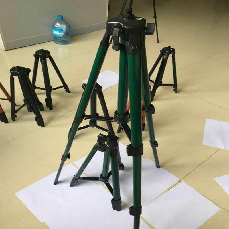 ระดับเลเซอร์อินฟราเรดอุปกรณ์นั่งร้านขาตั้งอลูมิเนียมปรับสายเครื่องโหวตเครื่องม้าอุปกรณ์สาม
