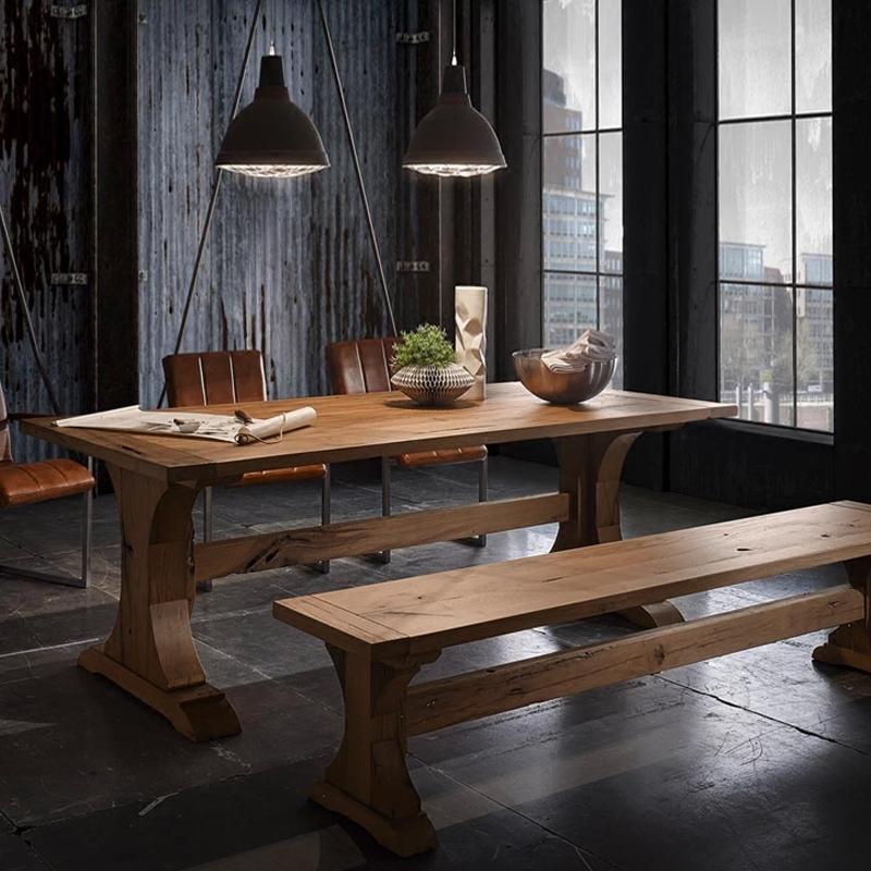 Américain en bois massif de combinaisons de vieux idyllique une table en bois de la famille des tables et des chaises de bureau en bois massif de type table de conférence