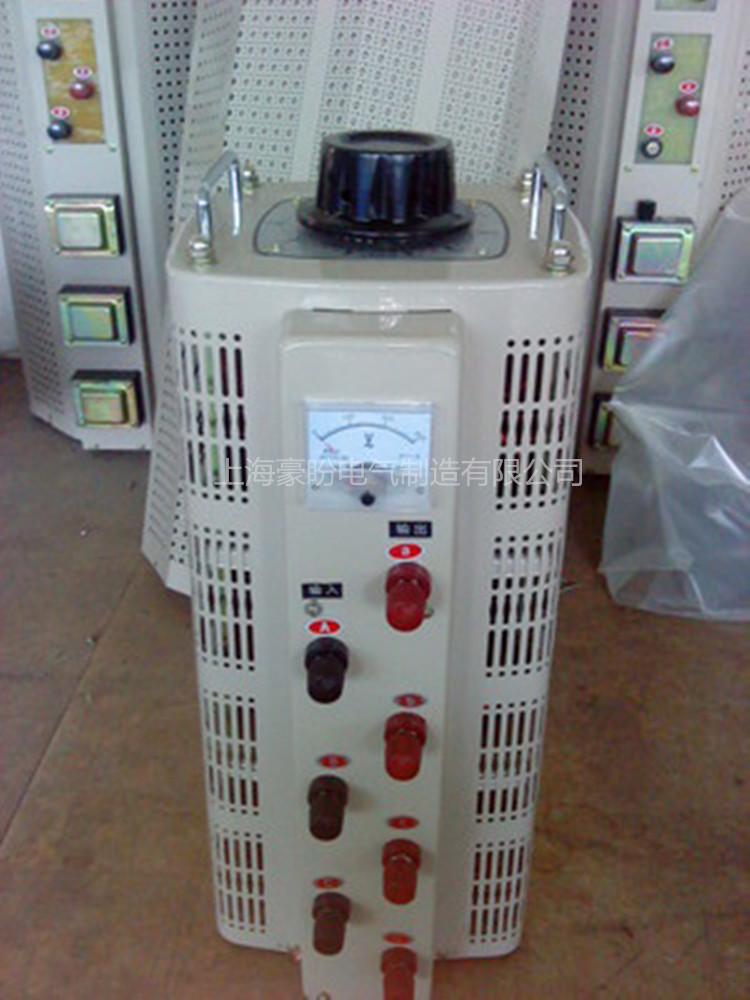 Un régulateur triphasé de 15kW entièrement une bobine de transformateur, un régulateur de pression réglable 0-430V450V460 TSGC2-15KVA