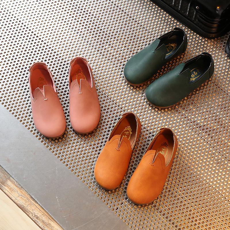 2017女童皮鞋公主