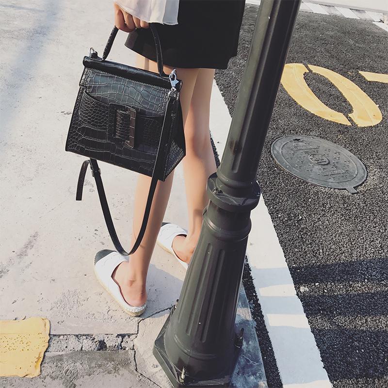 LOSEA 鳄鱼纹女包包2017新款手提包女欧美包纯色皮扣包时尚单肩包