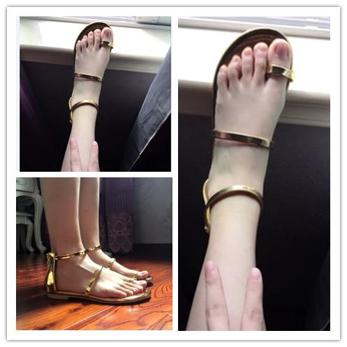夏金色凉鞋平底夹脚一字带套趾百搭夹趾罗马鞋女韩国新款后拉链