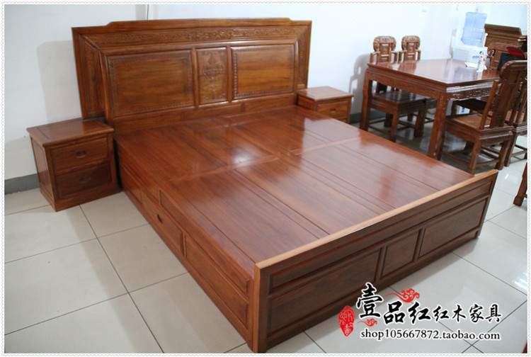 The old elm wood double bed double bed 1.8 meters of Ming and Qing Dynasty Classical Chinese antique furniture elm bed home