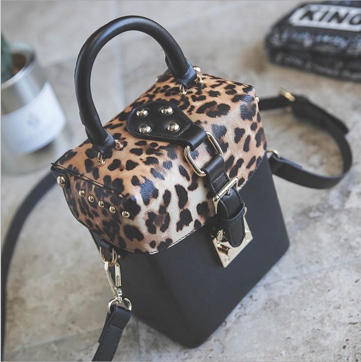 2017欧美时尚豹纹插盖小方包盒子包秋冬新款铆钉女包单肩包斜挎包