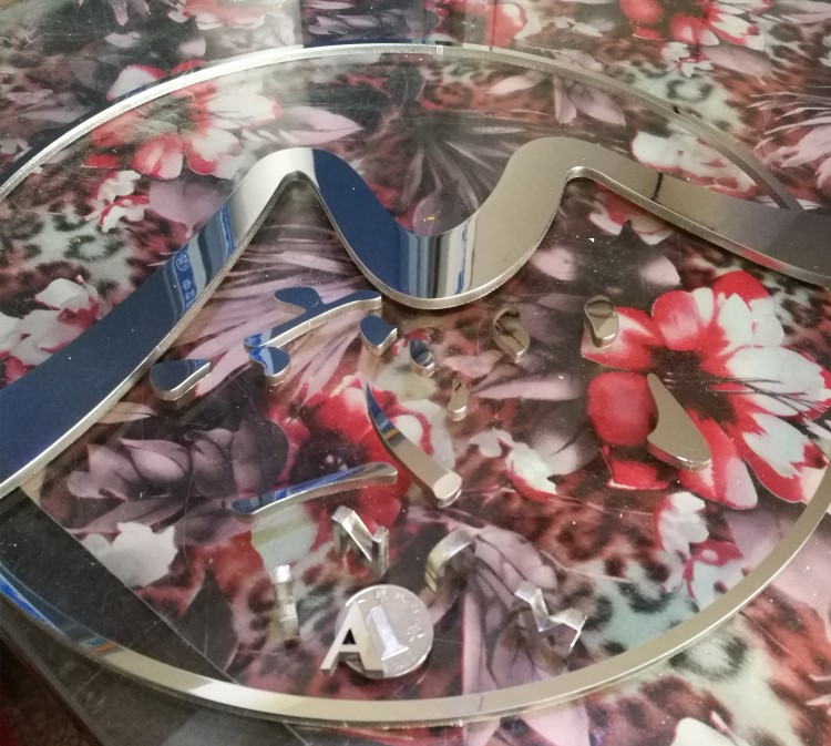 Stainless steel solid antique mirror drawing hotel number word word word solid stainless steel stainless steel plating