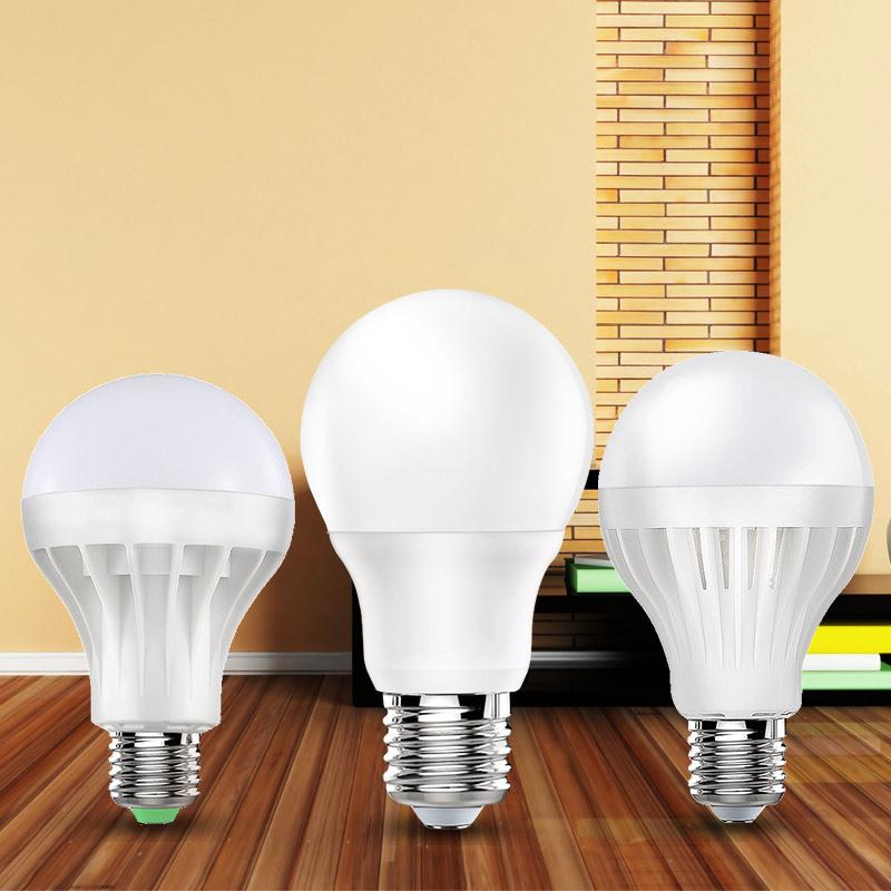 الصمام لمبة السوبر مشرق الصحن الداخلي E27 المسمار يعني كبير كبير الطاقة مصباح توفير الطاقة الإضاءة في ورشة عمل