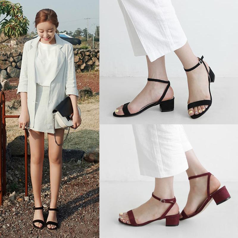 2017夏款韩版一字扣凉鞋女粗跟中跟绒面露趾简约学生女式罗马鞋子