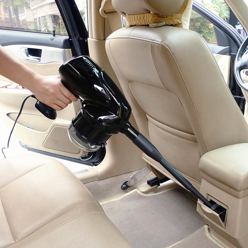 un aspirator de patru într - o maşină cu un aspirator uscat în maşină cu pompa.