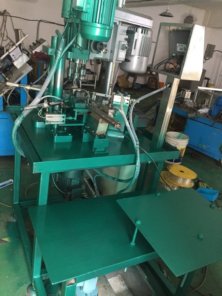 The company specializing in the production of automatic drilling and chamfering integrated wire tapping machine