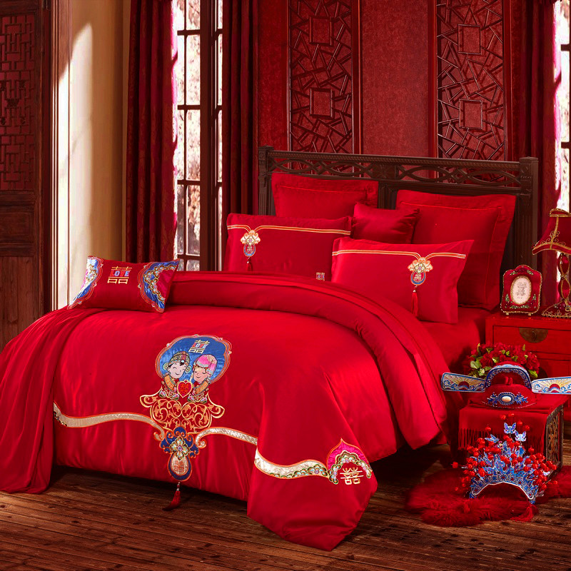 The wedding bed married four sets of large red Chinese New Four Piece Bedding Tencel Embroidery Wedding