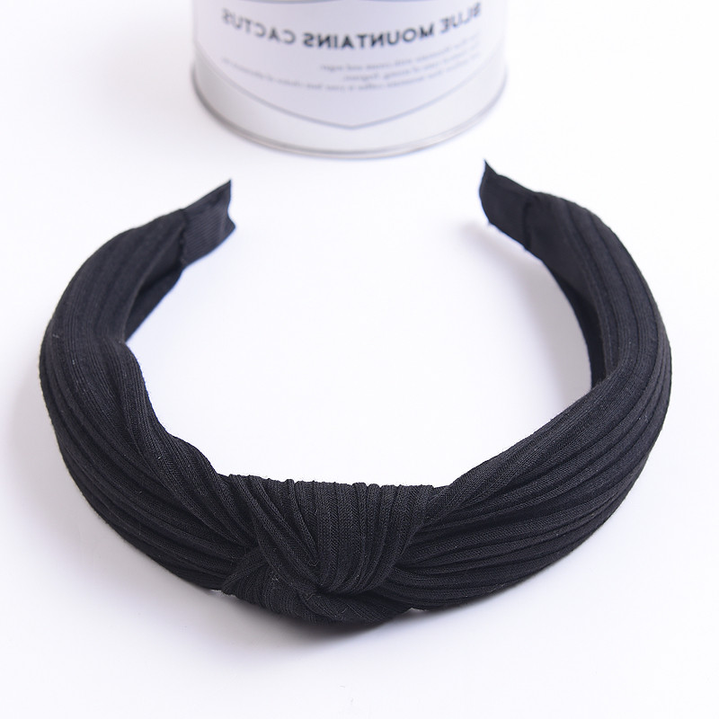 South Korea's new Korean minimalist fashion hair slip pearl diamond pressure head hoop hoop all-match brimmed with teeth