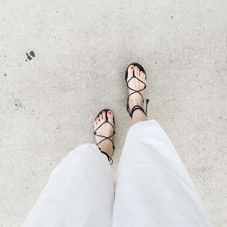 凉鞋女夏2017新款交叉绑带平底夹趾波西米亚沙滩鞋平跟学生罗马鞋