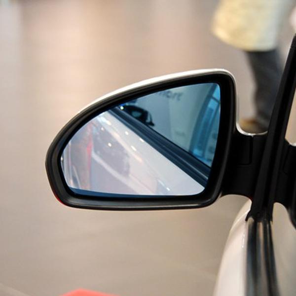 Mercedes Benz smart adaptado com Grande anti - brilho lente Azul espelho retrovisor aquecido.