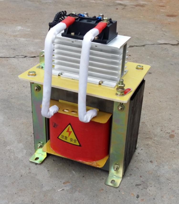 един трансформатор BKZ8000VA променлив ток в постоянен ток 220 v се 60v и 48v сила може да бъде променена.