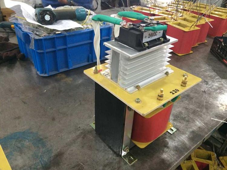 1500VA капацитет на производителите, преките продажби на променливия ток в постоянен ток по - самостоятелен трансформатор 220v 24v отстраняване на трансформатор