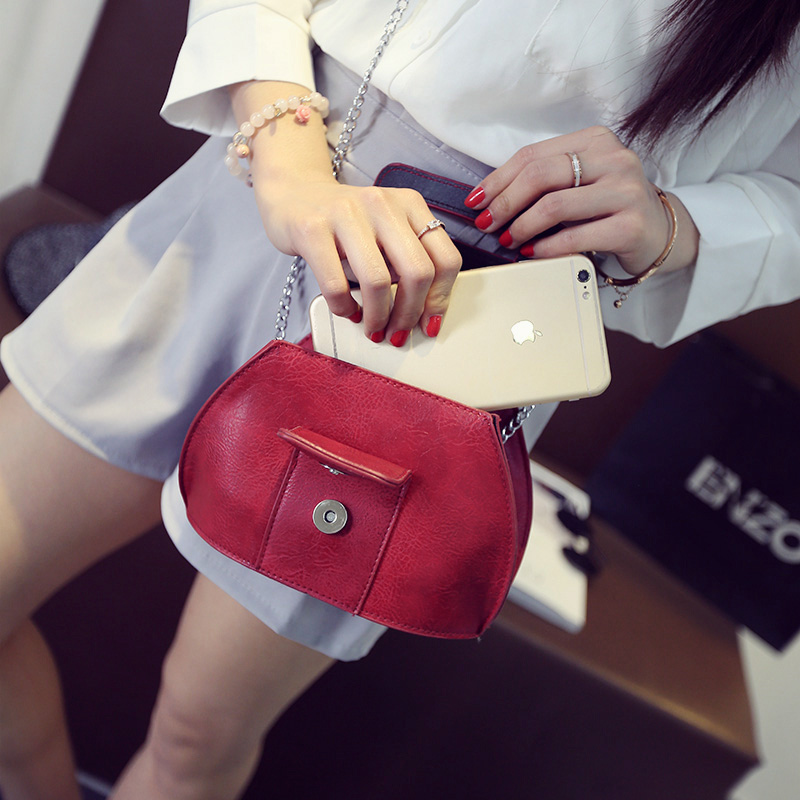 2016 new handbags summer cool fashion simple mobile phone bag shoulder bag messenger bag chain mini bag