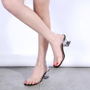 透明一字带水晶粗跟凉鞋时尚夏季一字扣显瘦女鞋裸色走秀潮高跟鞋