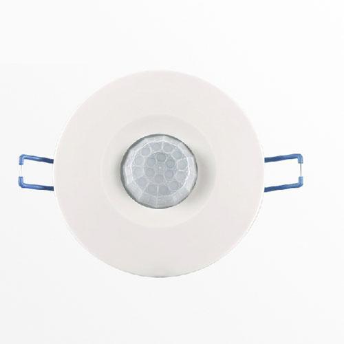 kolm juhet, mis on inimese infrapuna sensorid ümber ülemmäära, 220v / suure võimsusega.