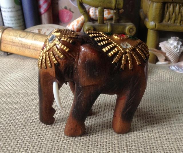2英寸泰國實木-雕刻描金彩鏡-工藝擺件-迷你帶牙-吉祥四面佛還愿小象