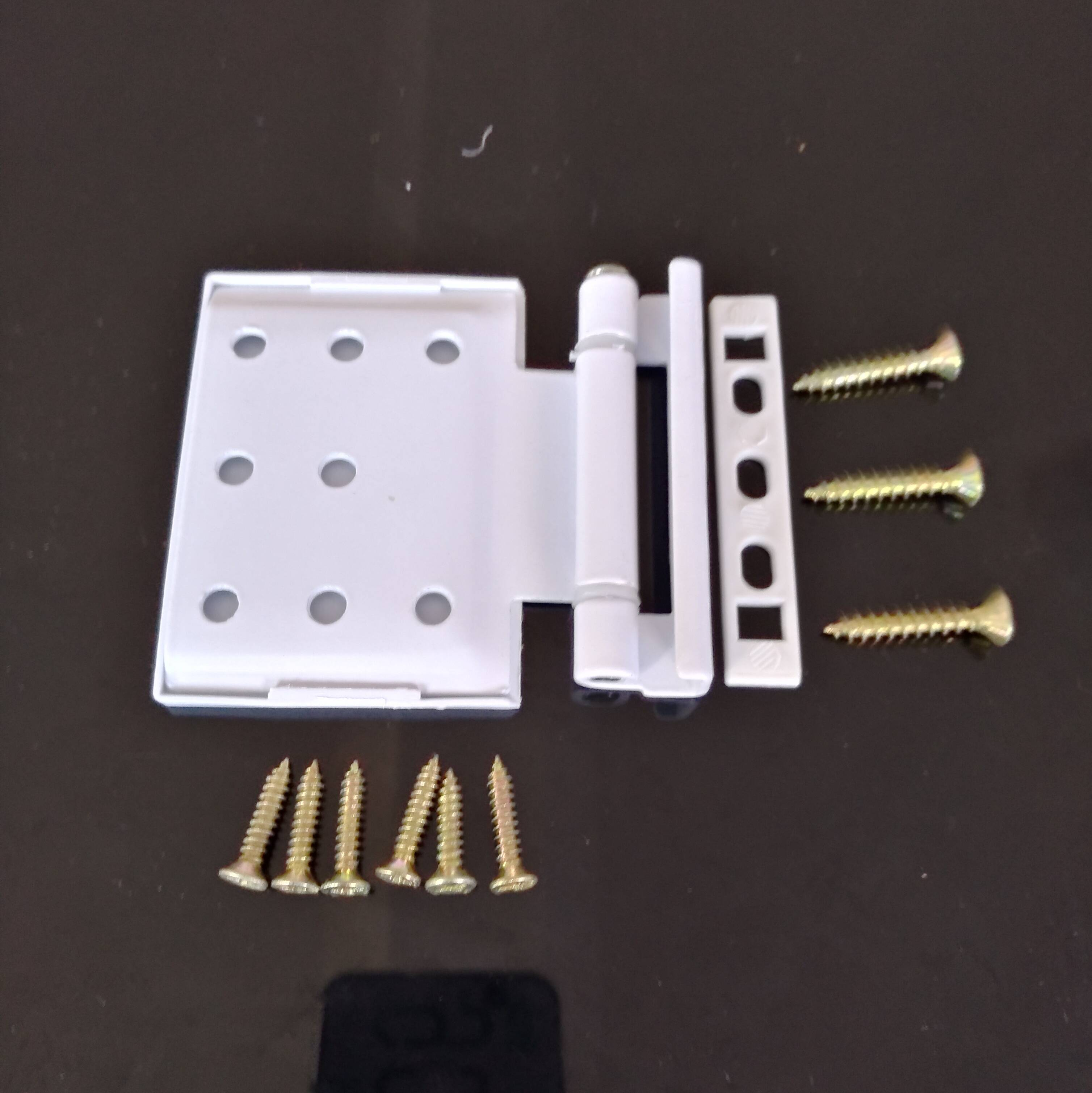 Steel door hinge hinge Bengkaichuang standard steel doors and windows and door hinges plastic door hardware accessories