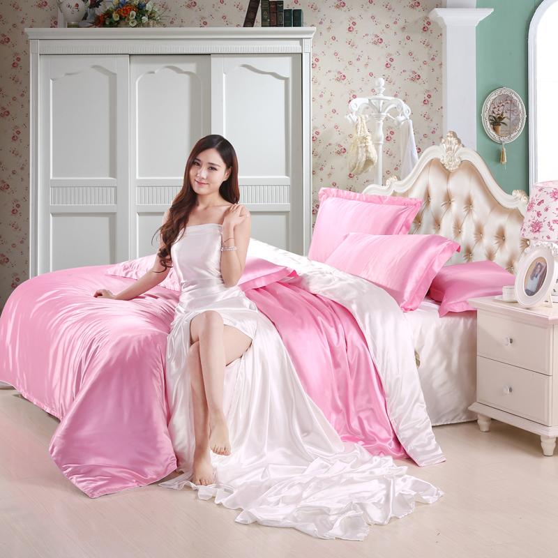 A silk robe four piece silk summer 4 piece Tencel linen quilt wedding