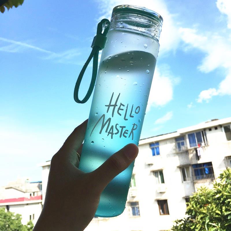 コップのミニガラスのコップはスクラブ色の杯の幅が耐熱の携帯は小さくて、女の子はかわいい