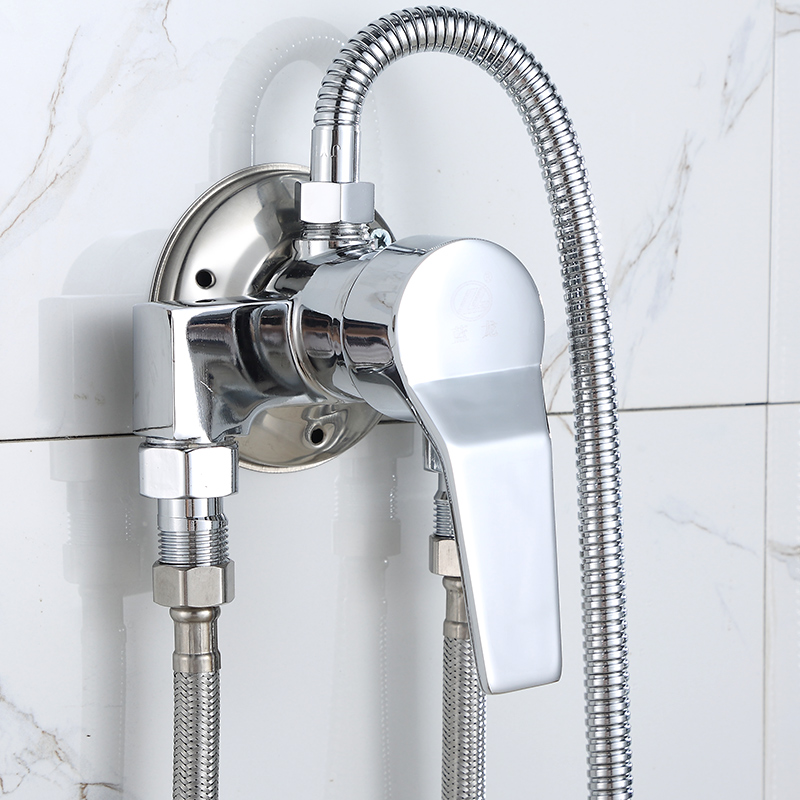 With the cold hot water mixing valve with the bathroom shower set with the copper single tap water valve