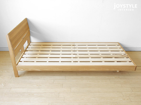 All solid wood bed 1.8 meters double bed 1.5 simple modern high-grade oak bed bedroom furniture can be customized size