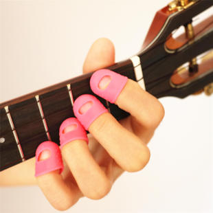 The left hand finger finger finger guitar guitar to protect the finger protector according to string ukulele children gloves