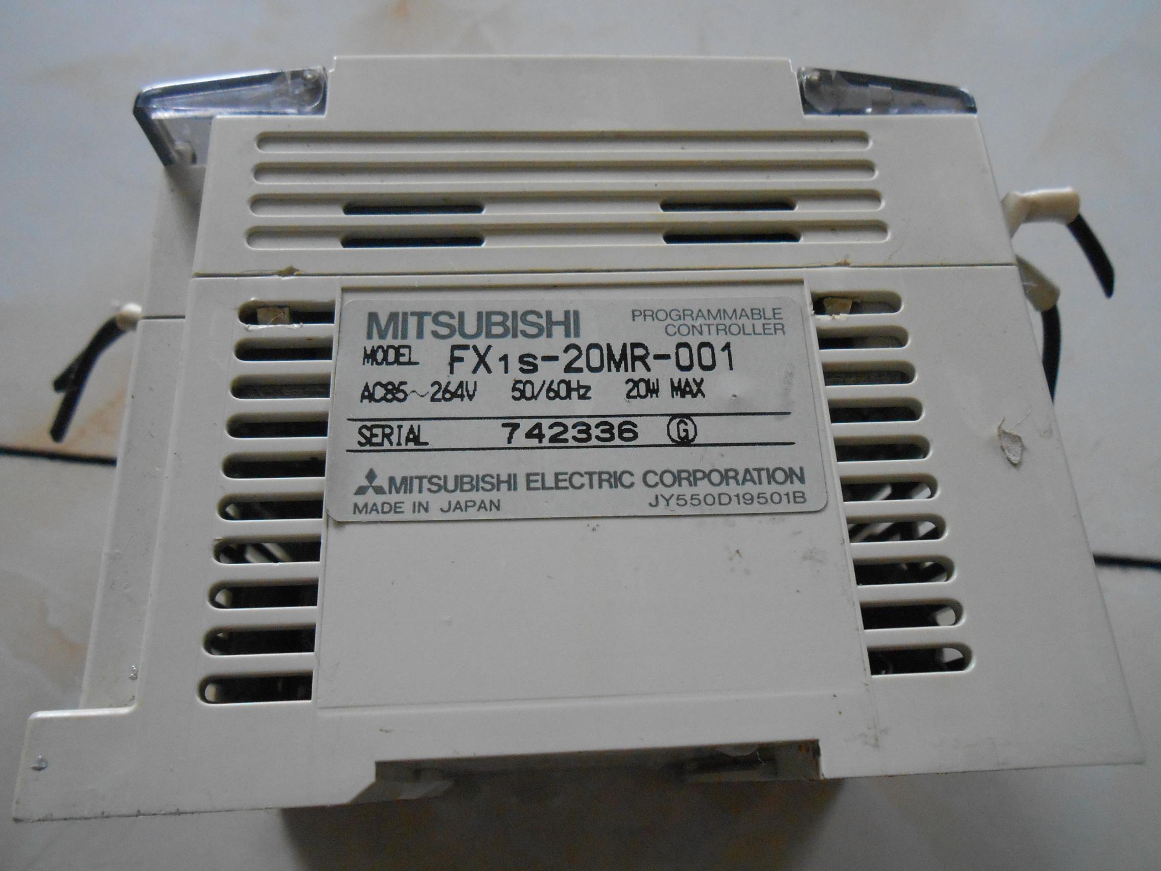 中古原装GEMAXの三菱PLCFX1S-20MR-001、本当