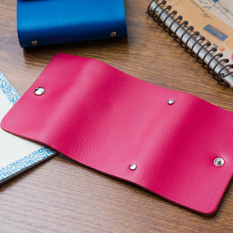 A multi card card package name card clip clip card man card bag leather credit card is really thin bag pickup