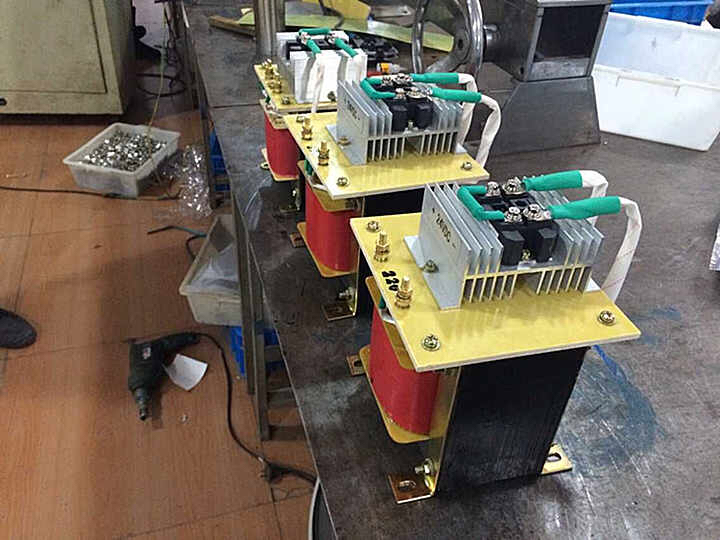 специални моторни монофазна трансформатор BKZ-55KVA/55KW220V вашингтон 110 v ac - dc