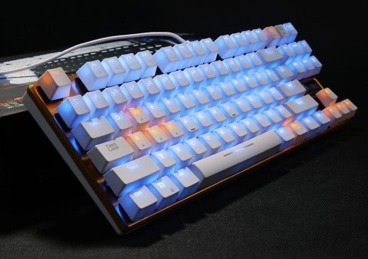 Mail Dahl excellent mechanic alloy version, game backlight mechanical keyboard black axis 87 keys to send the mouse pad