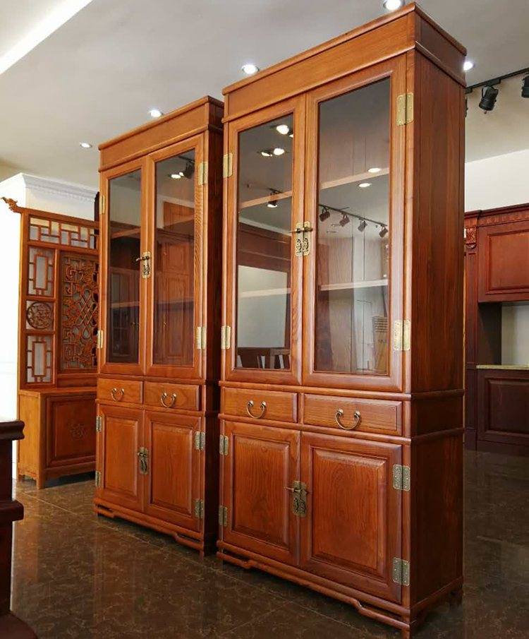 The screen and cabinet cabinet cabinet big chain page carved antique cabinet shake skin exquisite Chinese top hinge hinge doors and windows