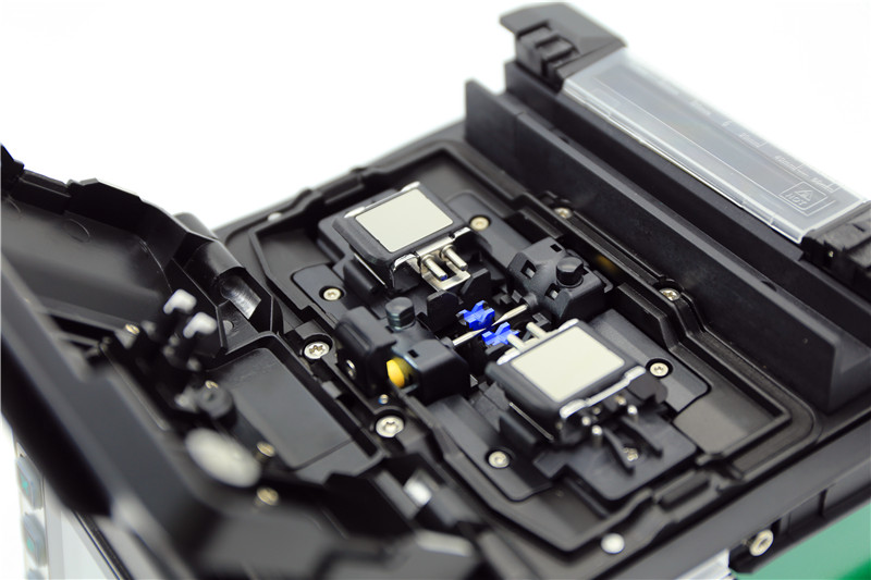輸入光ファイバー融出迎え艾AT80 / 70S捷光繊X4X6康未C6C8C10溶接機