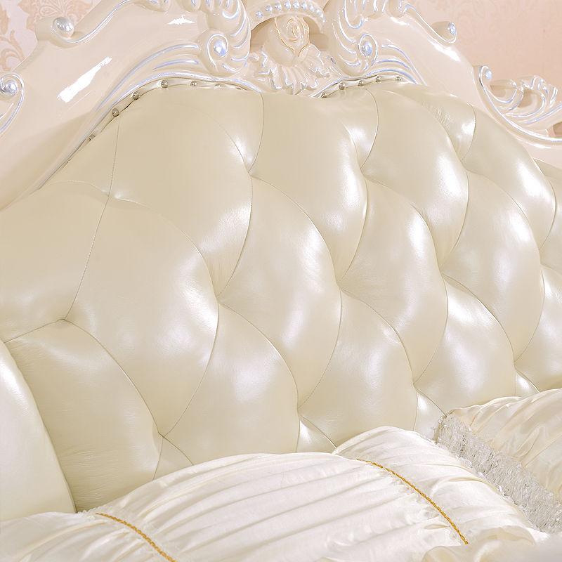 Yi Li Home Furnishing European style wooden carved bed double bed head layer cowhide leather furniture 1477 gold crown