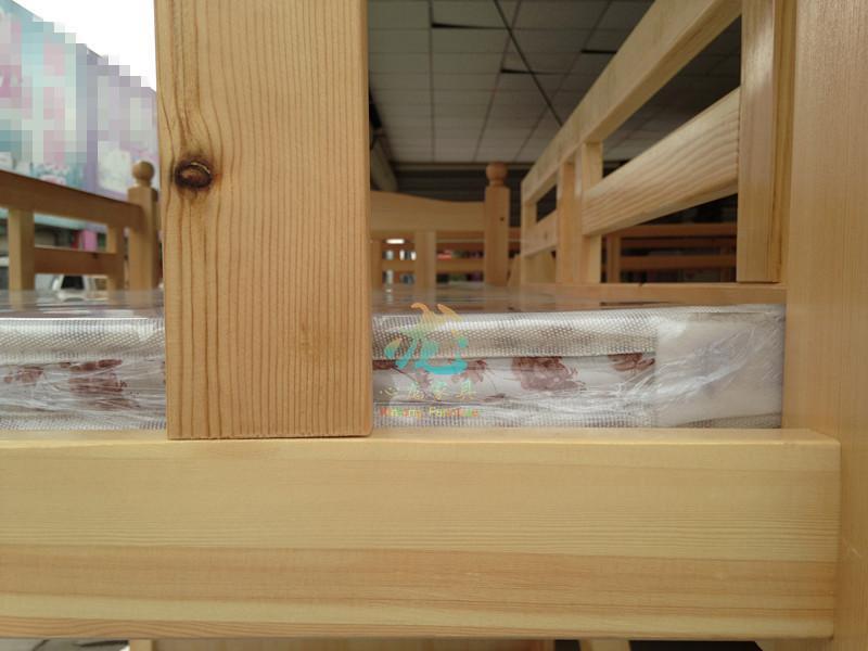 La altura de la cama doble de madera de pino, madre de los niños en la cama de la cama litera muzi cama de madera de pino