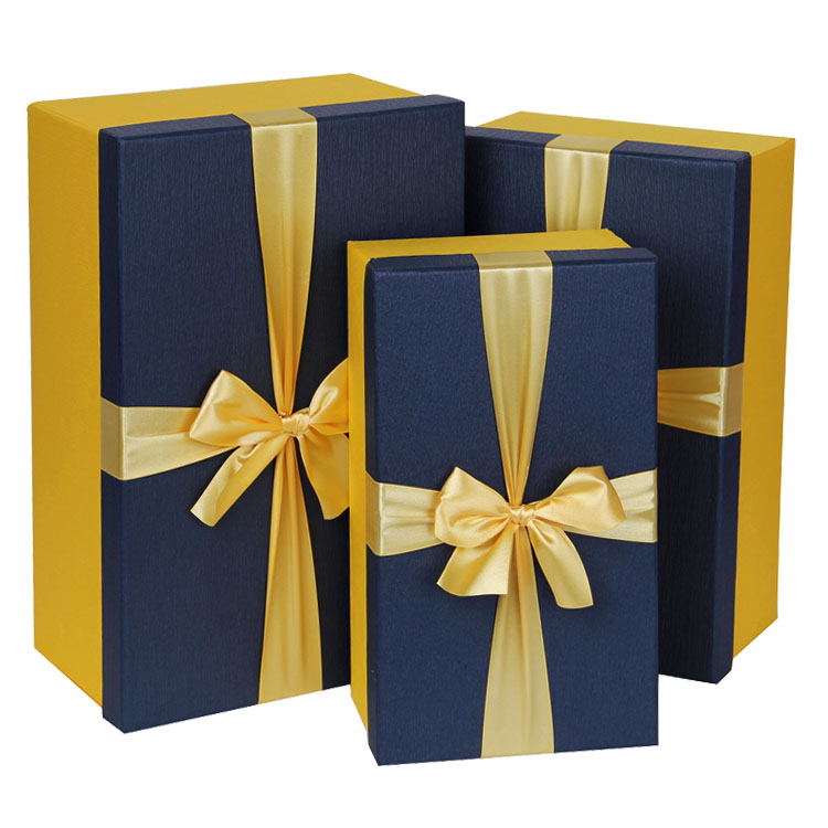 ristkülikukujuline karp kõrgtasemel riiete suurus, et kingid lilli. karp pakendid