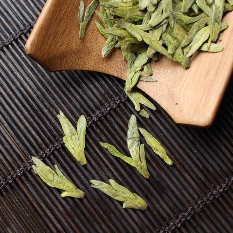 Authentic Mingqian grade West Lake Longjing Tea 2017 Green Tea spring tea tea tea tea direct 250g