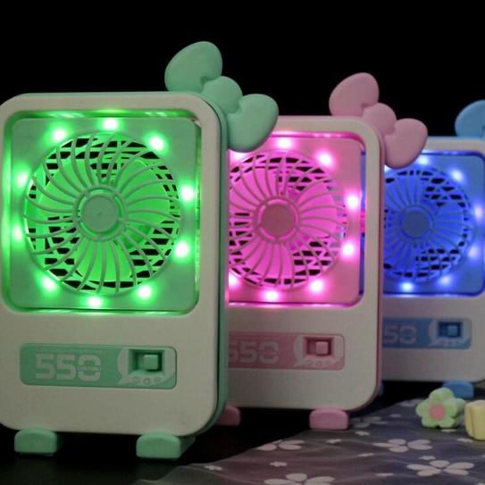 μίνι καρτούν με το φως στο γραφείο του ανεμιστήρα γραφείο USB ή φορητό φως για την νύχτα μικρή φαν
