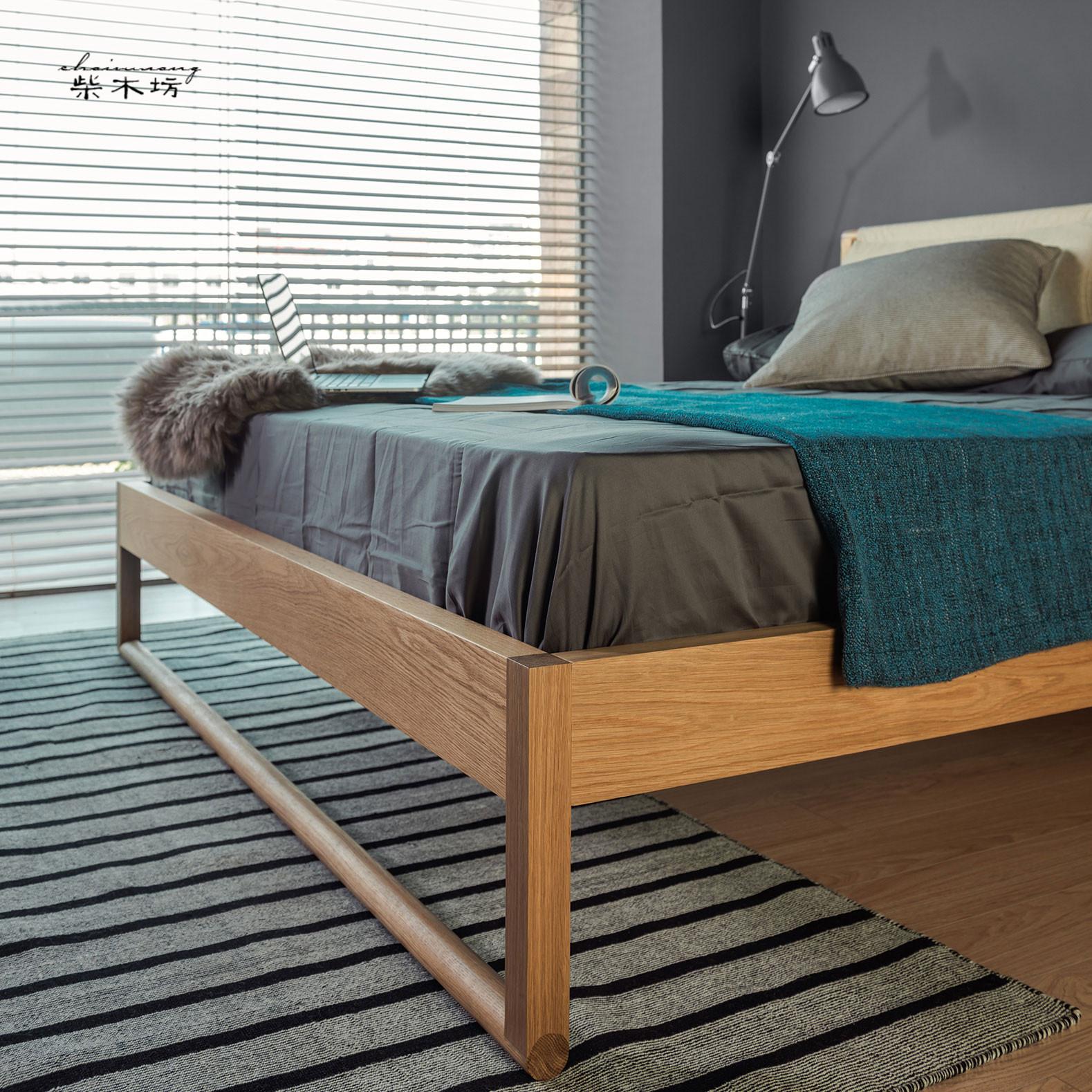 The Nordic modern minimalist Japanese wedding large-sized apartment cloth backrest soft oak walnut bed