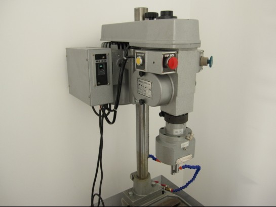 The general packet Youxin peak automatic tapping machine GT1-203 tapping machine 4508 thread processing sales